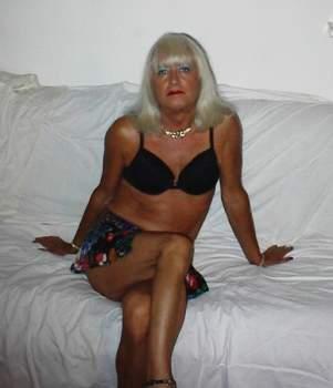donna cerca ragazzo sherry bakekavarese